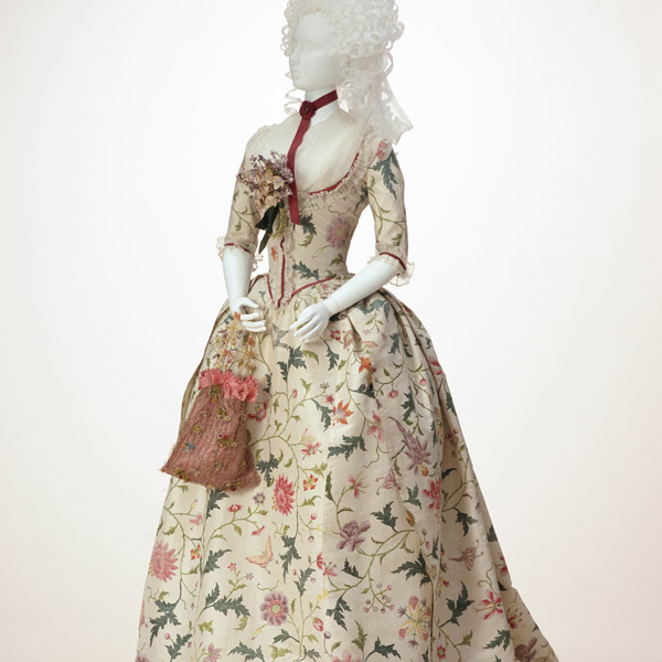 Dress (robe à l'anglaise)