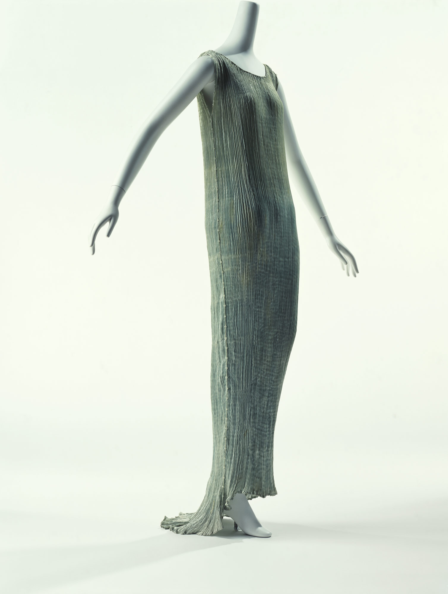 ドレス「デルフォス」
