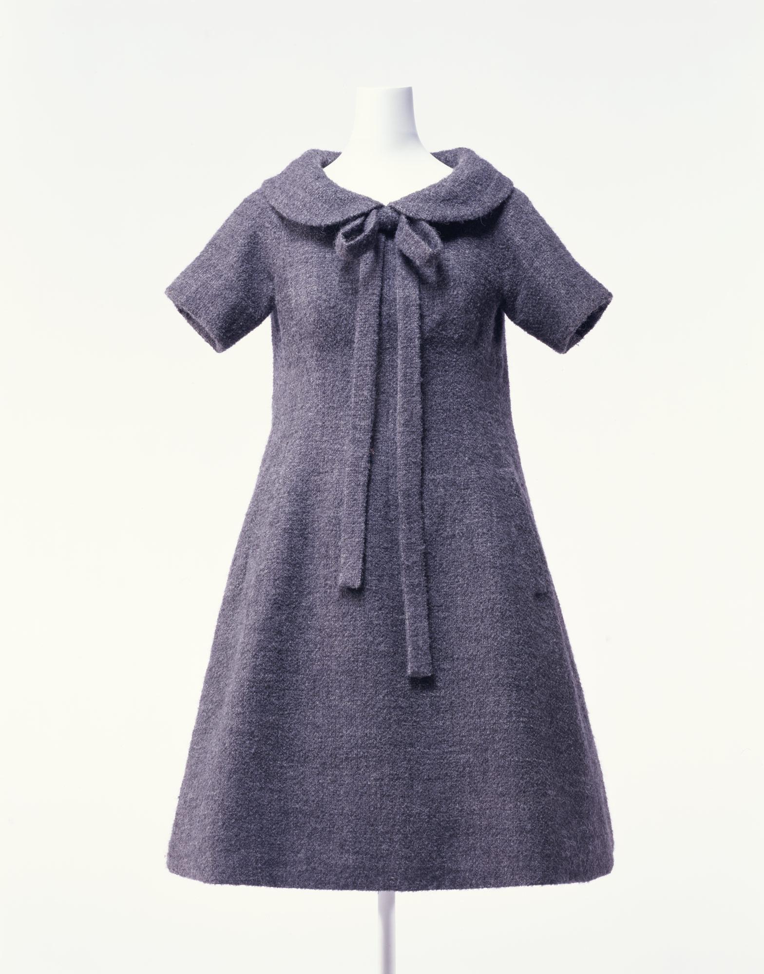 ドレス「トラペーズ」