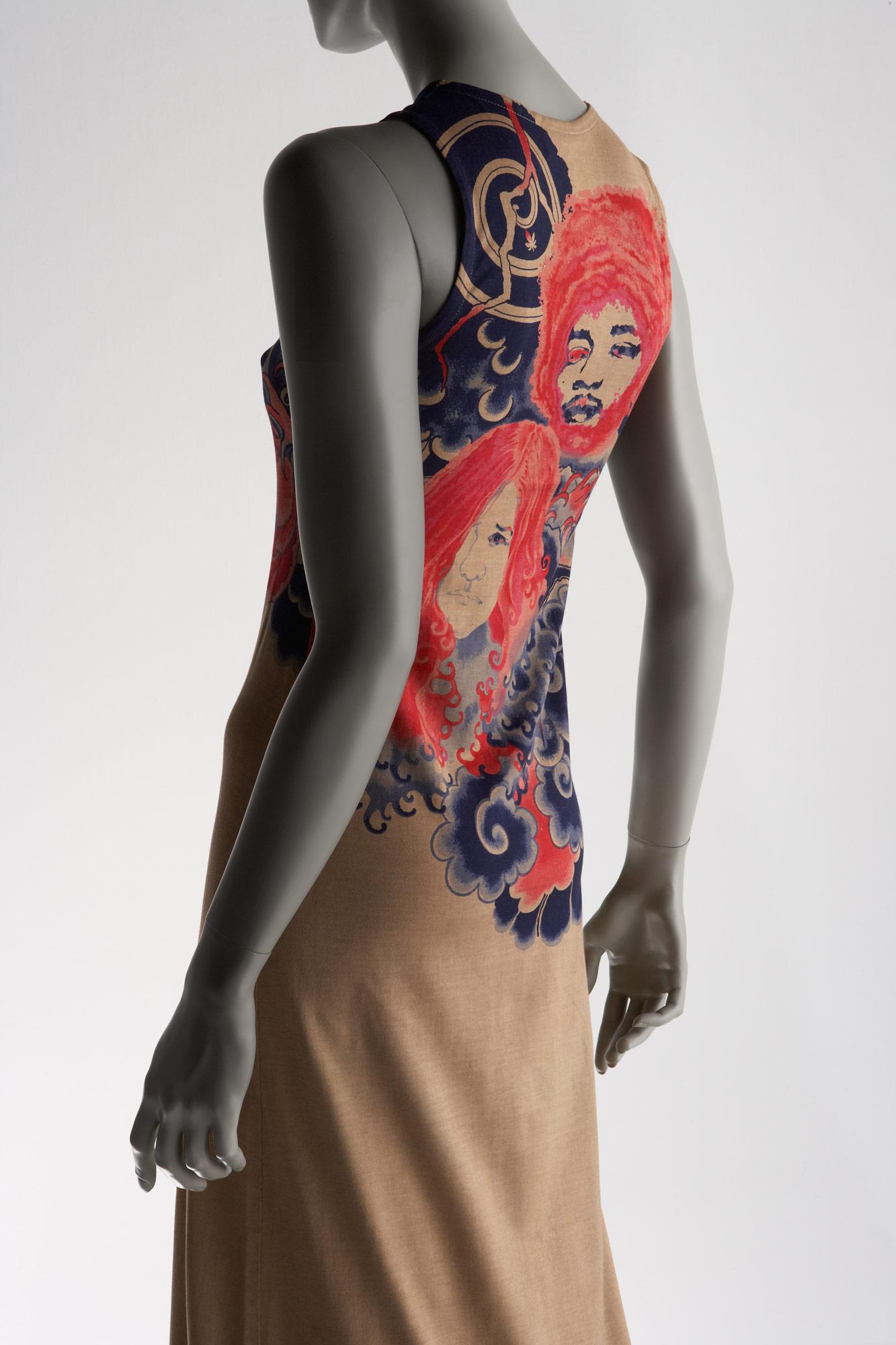 ドレス「タトゥー」