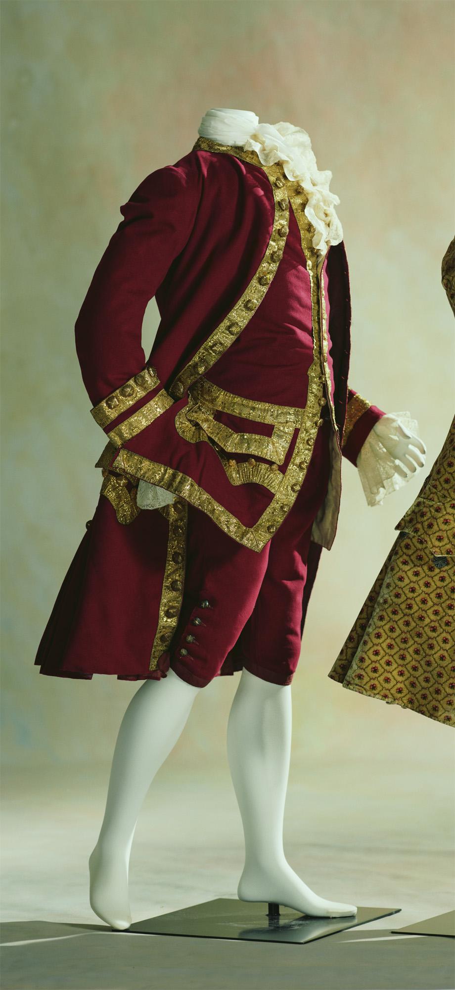 男性用スーツ(コート、ウエストコート、ブリーチズ)