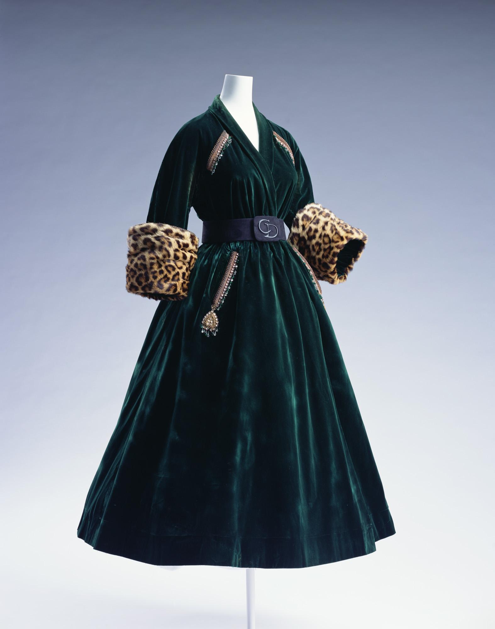 コート・ドレス
