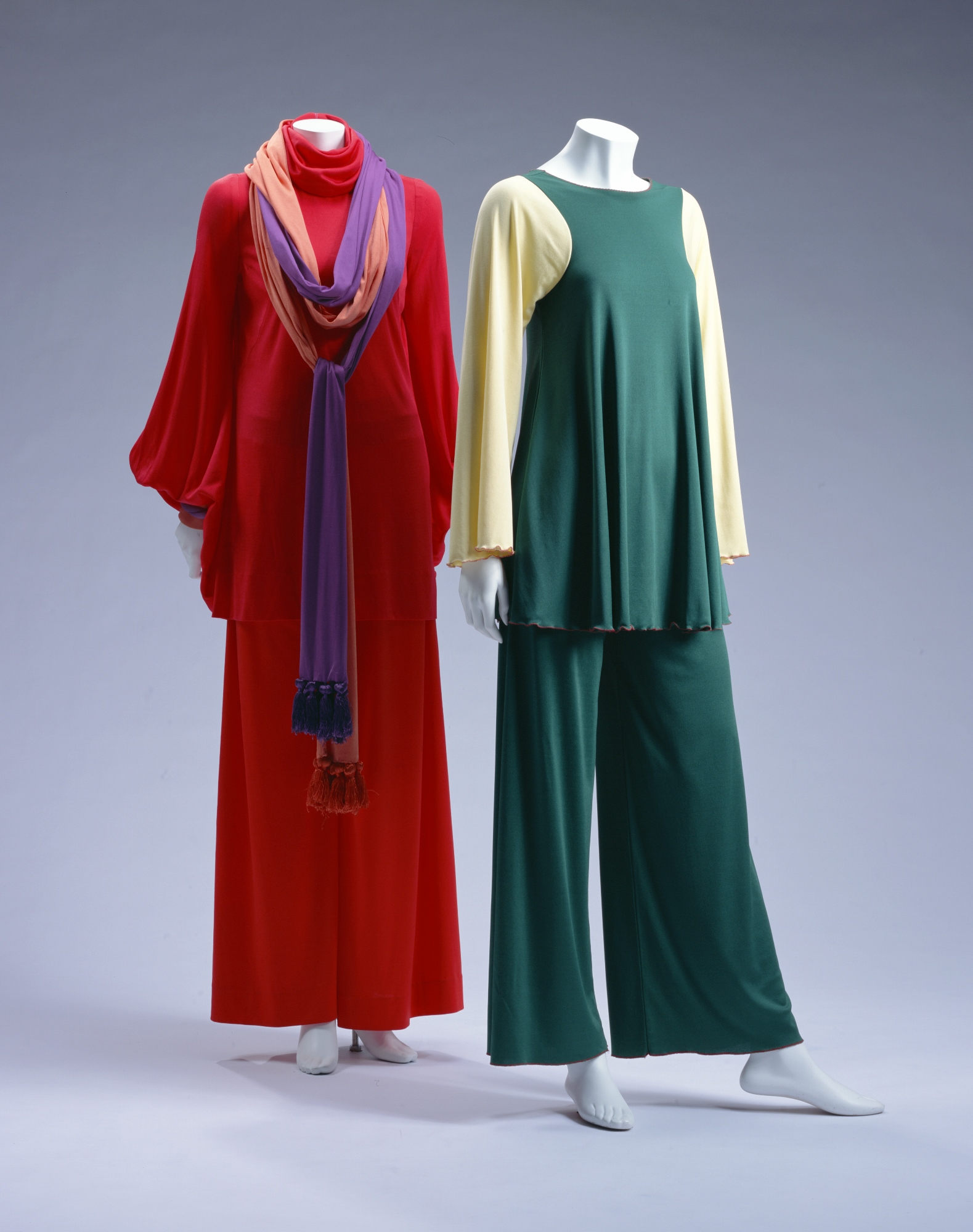 Tunic, Pants [Left] Tunic, Pants [Right]