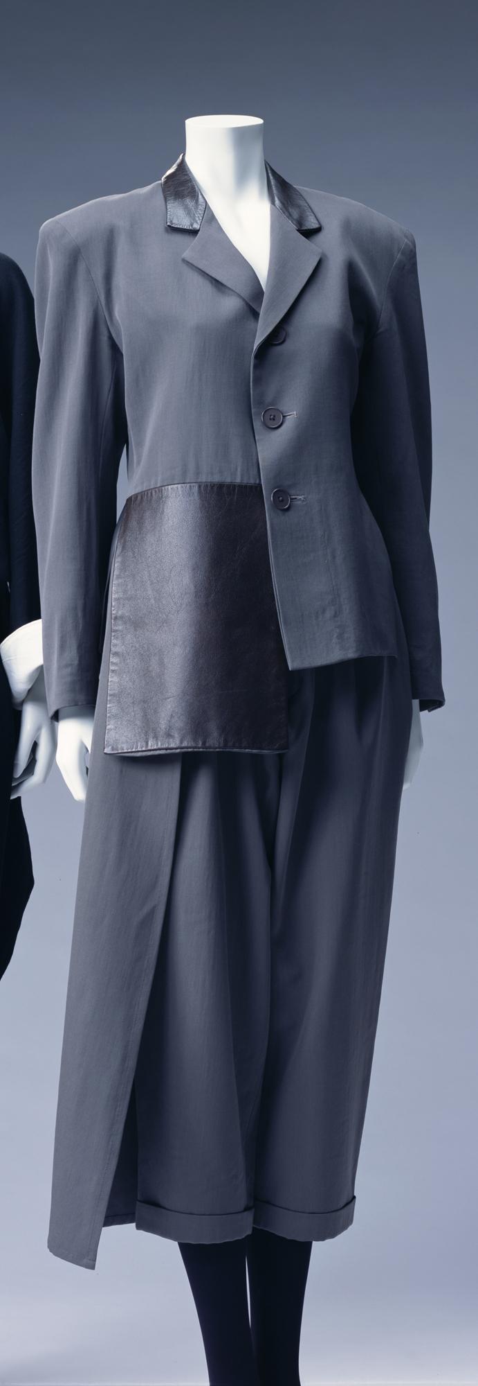 パンツ・スーツ