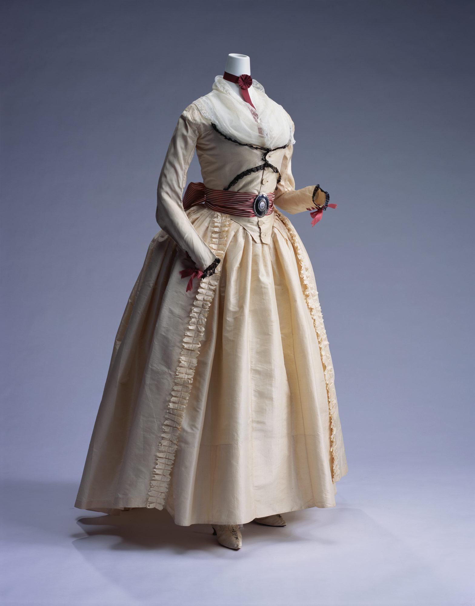 ドレス(ローブ・ア・ラングレーズ)