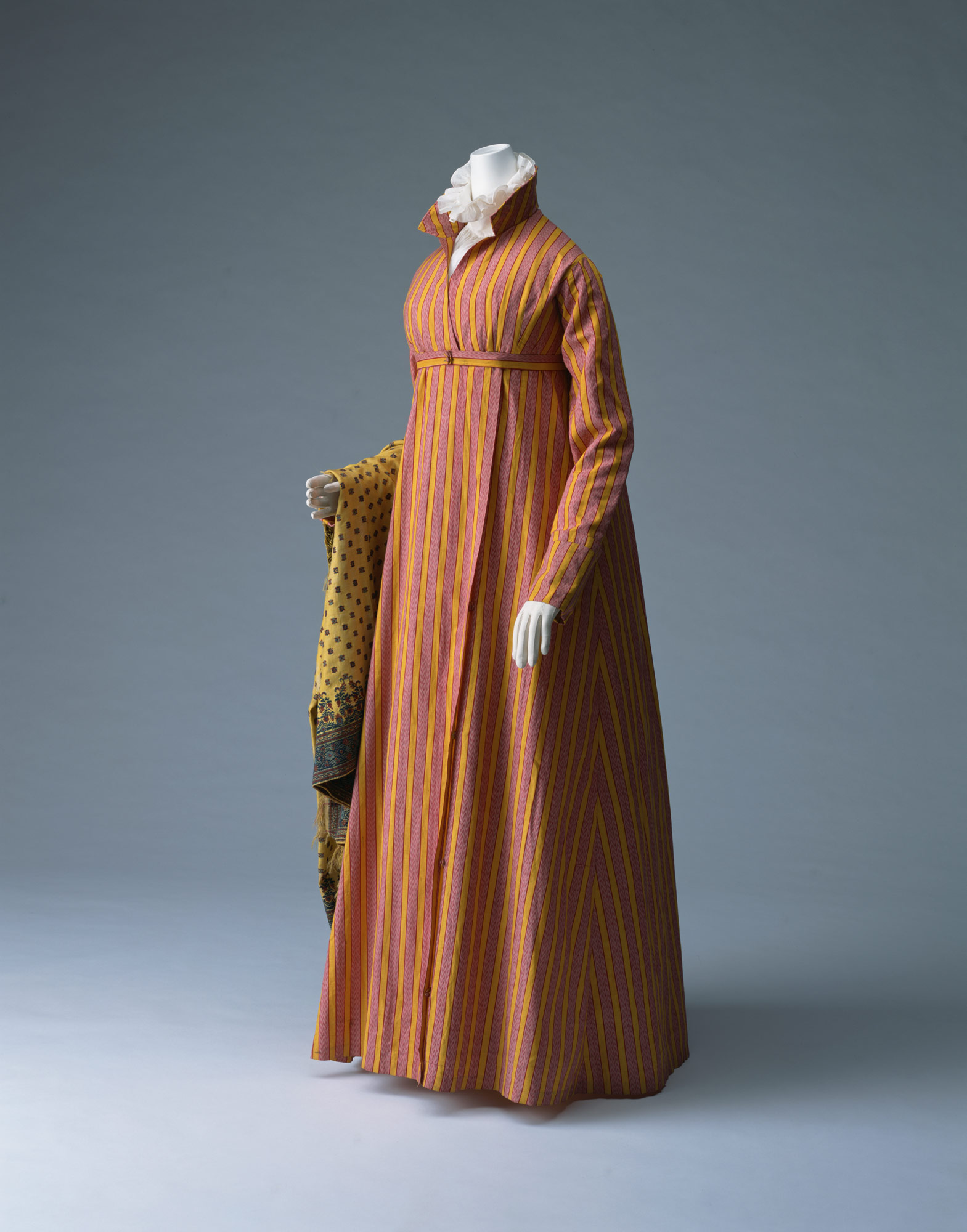 コート・ドレス(ルダンゴト)